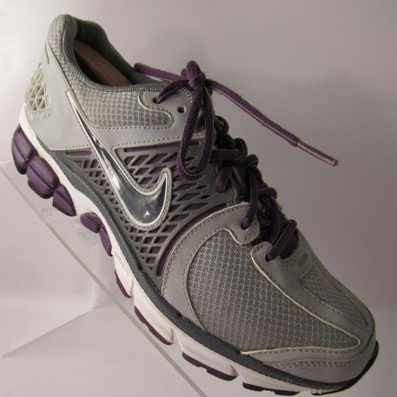a634de30c55 Nike Zoom Vomero 6 Sz 9 Gray Sport Shoes For Women.  M 5bf81fb8c61777c8c36a51ff